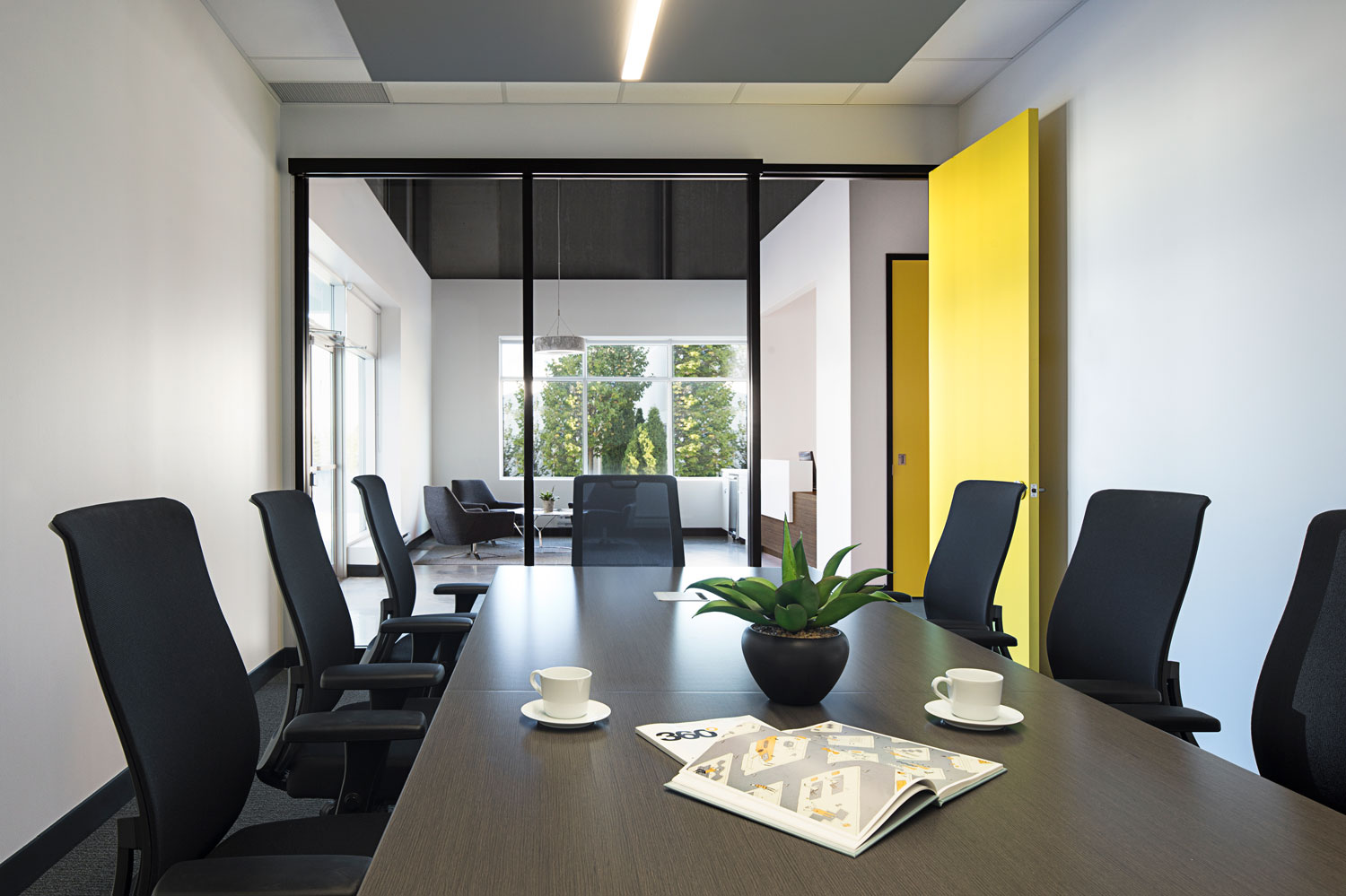 Open, light-filled boardrooms with noise reduction features.